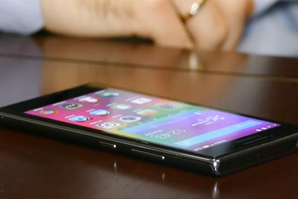 «Долгоиграющий» смартфон Lenovo P70 появился в России